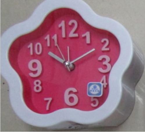 Будильник №XD-AS-0037 ромашки пл. 4цв (4,1*11,9)см 1R6 (100)
