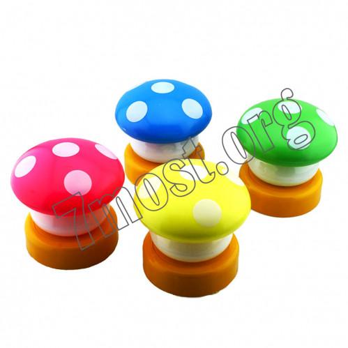 Лампа №НГ-8 грибы пл. на 3R3 3цв. в кор. (8*8)см. (240)