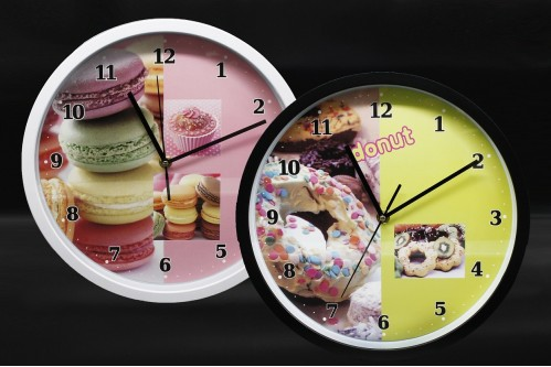 Часы №YK1096 настенные пл. кругл. 2цв. циферблат с узор. розы (30*30*4.5)см  без шума (30)